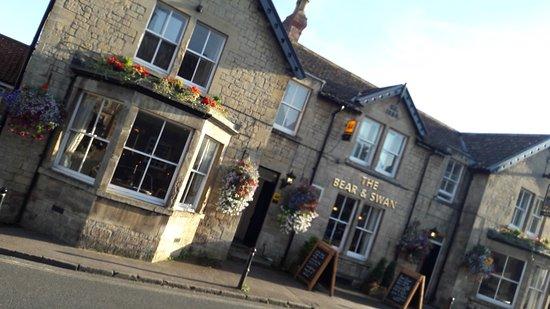 The Bear & Swan pub quiz
