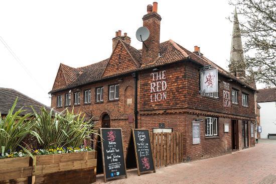 The Red Lion Egham pub quiz