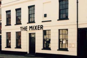 Mixer pub quiz