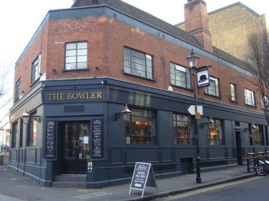 Bowler Pub and Kitchen pub quiz